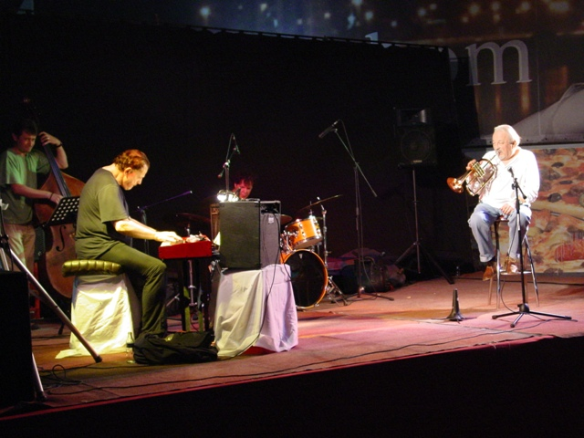 Sinan Alimanović International Jazz Trio